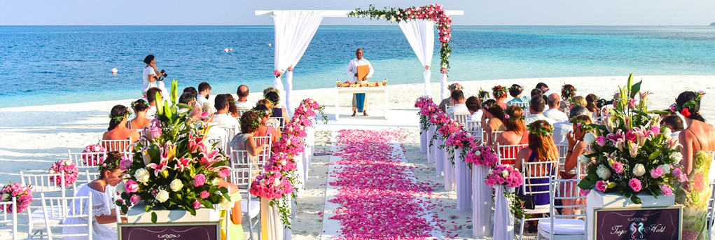 married abroad beach wedding